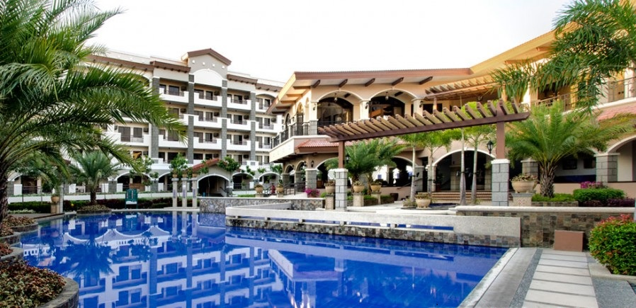 Maricielo Villas Swimming Pool and Clubhouse
